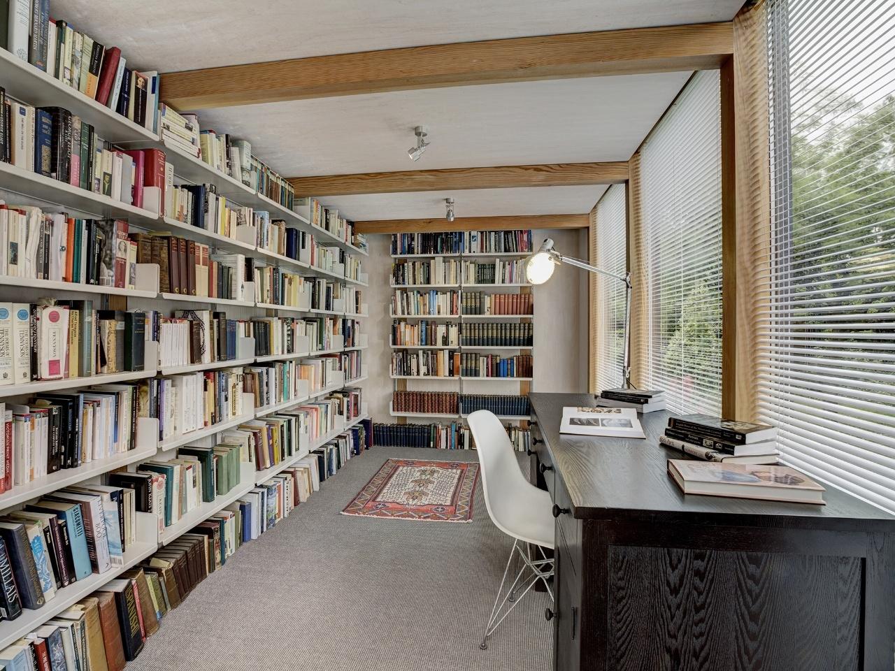 Modular Garden Room Library