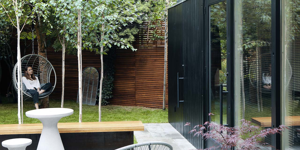Modular garden room in black cladding finish